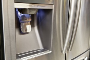 Make sure the ice machine is working properly on the refrigerator of your new home.