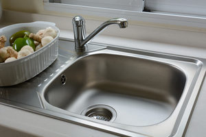 Glacier Bay Constructor 2 Handle Standard Kitchen Faucet in Chrome homedepot.com p Glacier Bay2Kitchen Faucet in 304163625